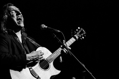 Apr 3 2013 - An Update on Ellis Paul039s New Album amp Fundraiser  New Song amp Donation Level