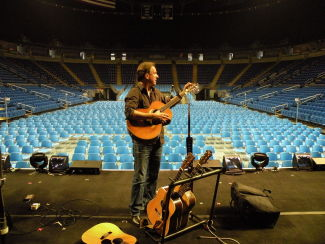 Ellis tuning up for an arena tour run with Sugarland