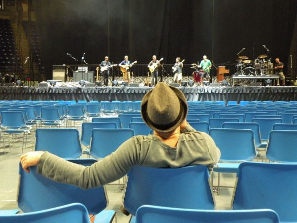 Kristian Bush watches Sound check