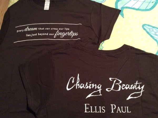 Tshirt Chasing Beauty Women039s Dark Brown