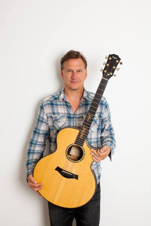 Ramsdell to host storytellerinsong Ellis Paul